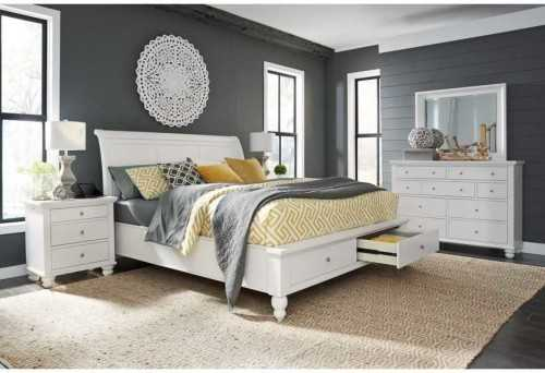 Foto produk  Cambridge King Bed White With 2 Nightstand di Arsitag