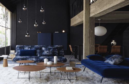 beli furnitur sofa dan armchair 2019 arsitag. Black Bedroom Furniture Sets. Home Design Ideas